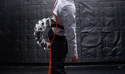 Ingenieros de japón crean una extremidad biónica denominada Arque